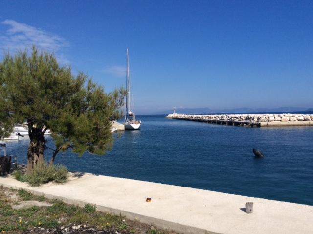 Etruria riposa a Othonoi prima di traversare verso Otranto